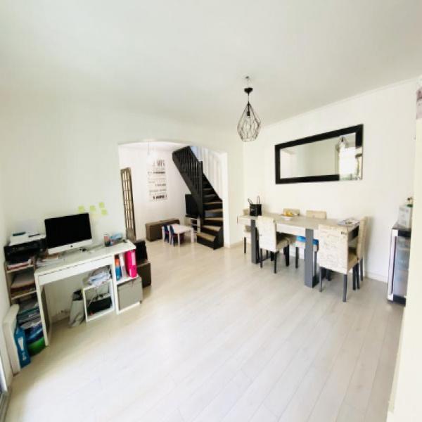 Offres de vente Appartement Saint-Cyr-sur-Mer 83270